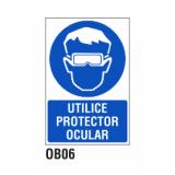 Cartel utilice protector ocular