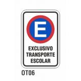 Cartel exclusivo transporte escolar
