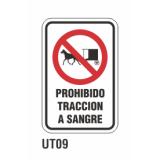 Cartel prohibido tracción a sangre